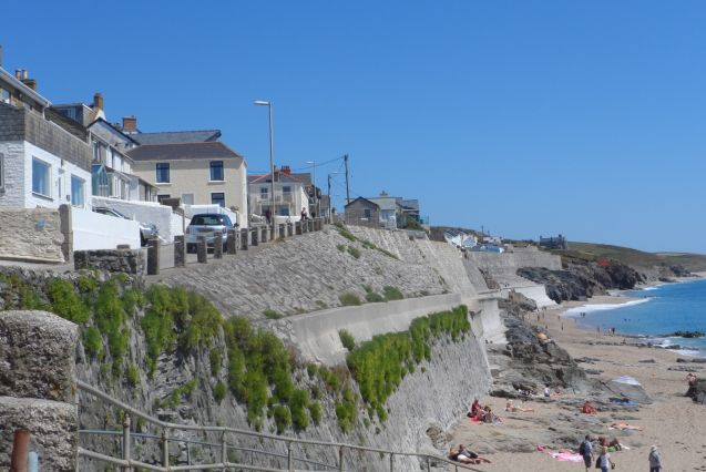 Sea Cottage and slipway to beach